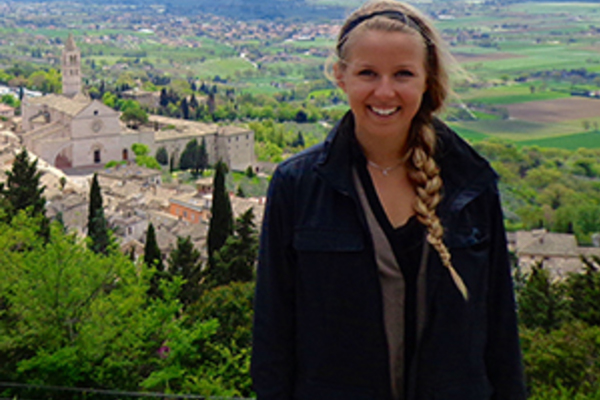 Senior Alex Genord Builds on Experiences Abroad